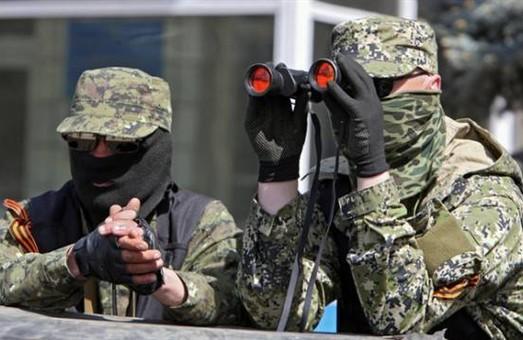 Терористи більше почали стріляти біля Маріуполя