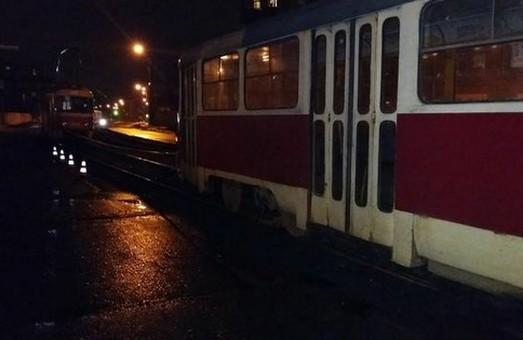 чому жінку розчавив трамвай 10 лютого 2016 року у харкові
