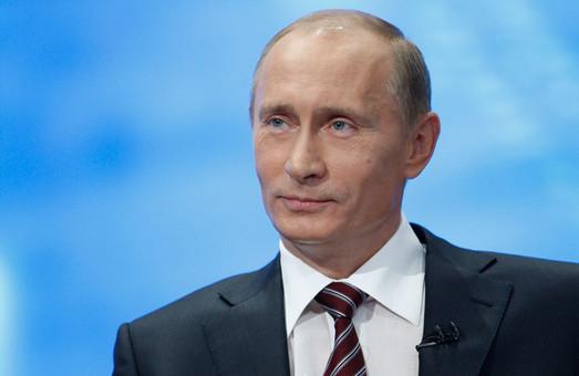 На даний момент у Путіна нема планів йти на Донбас з танками, - аналітик Фельгенгауер