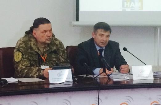 Жебрівський обіцяє «чарівний  піндель» керівництву РРТ та телепередавач, який «добиватиме» аж до Уралу (фото)