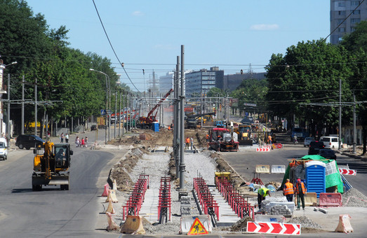Рух транспорту  по Московському проспекту буде обмежений на два дні