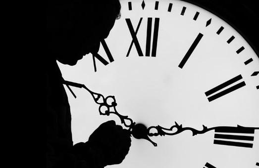 У неділю українці прокинуться за «літнім» часом