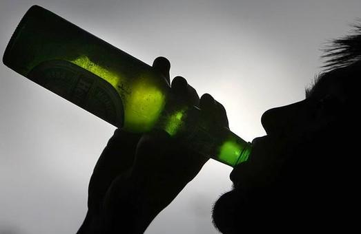 У Херсоні тепер заборонено продавати алкоголь військовим