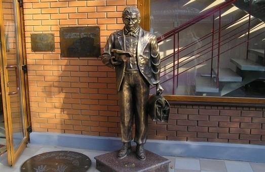 У Харкові з'явиться скульптурний Кіса Вороб'янінов