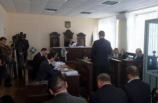 Кернес і потерпілі по його справі не з'явилися на суд