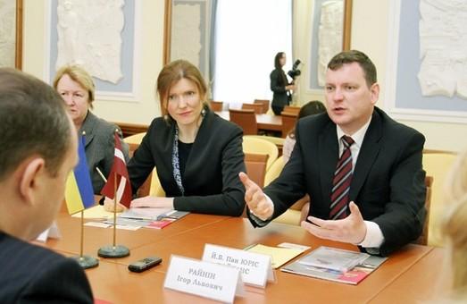 Латвія стане ближче. Планується відкриття Почесного консульства