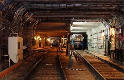 На «Одеську» вже перекинули метробудівне обладнання