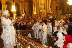 Прибуття Благодатного вогню у Харків