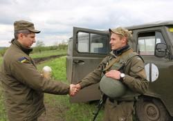 Богослужіння та урочисті заходи. Харківські курсанти і гвардійці зустріли Великдень