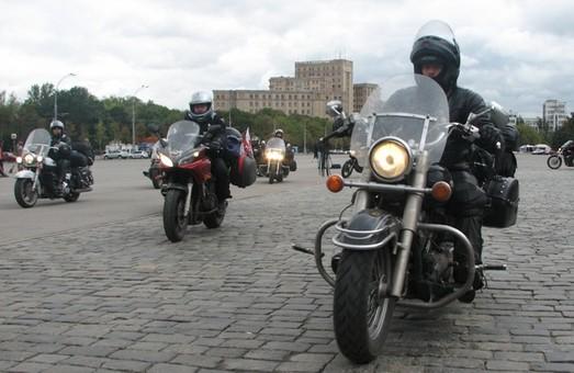 Мотоциклісти більше не мають права їздити, де заманеться