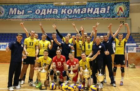 Харківські волейболісти тріумфували на ЧУ