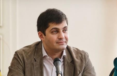 Сакварелідзе: Якщо Міша піде від Президента, то він піде до кінця — без шепотінь і договірних в АП