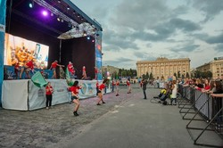 Найбільша в Україні фан-зона демонструє матчі та розважає вболівальників
