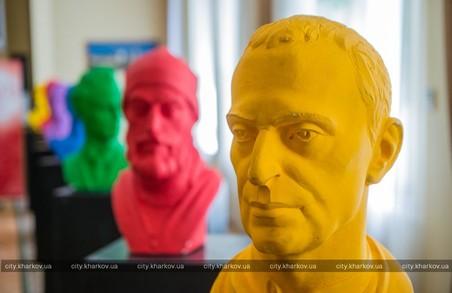 Побачити руками - у Харкові відкрилася виставка  для людей з вадами зору