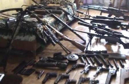 Копи оголосили амністію за добровільну здачу незаконної зброї