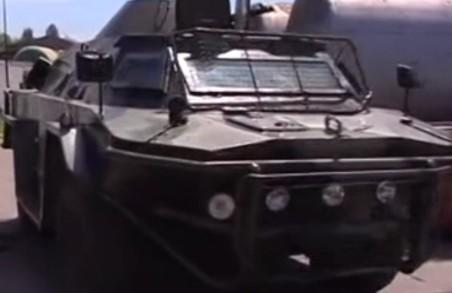 Втерти носа «Укроборонпрому». Бійці «Харкова» самотужки поновлюють броньовики (відео)
