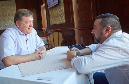 Євген Зражевець: «Мало хто знає, але за окружну і відрізок київської траси до Євро-2012 з дорожниками так і не розрахувалися»