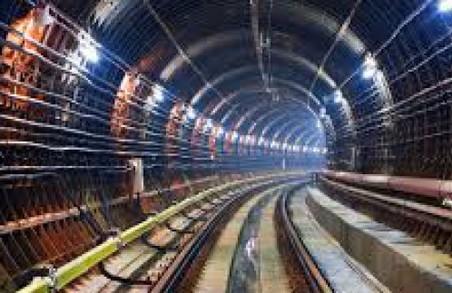 Подовжене метро не подорожчає