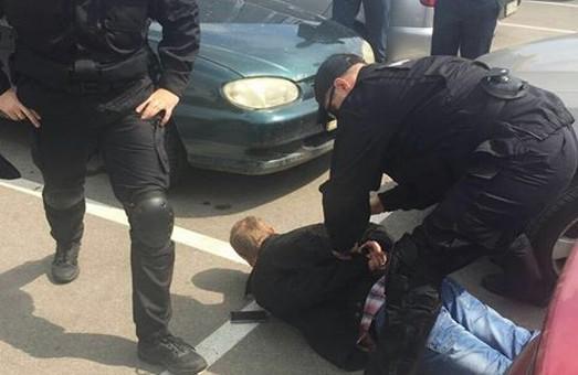 Рекордний хабар - у Харкові затримали податківця, що вимагав 500 тисяч гривень