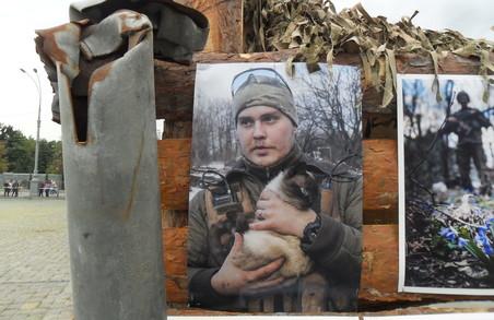 Війна через об'єктив. Виставка від кращих військових фотокорів відкрилася у Харкові