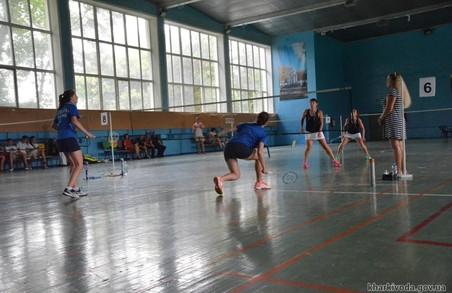 Олімпієць Артем Почтарьов поборовся з кращими бадмінтоністами в Харкові