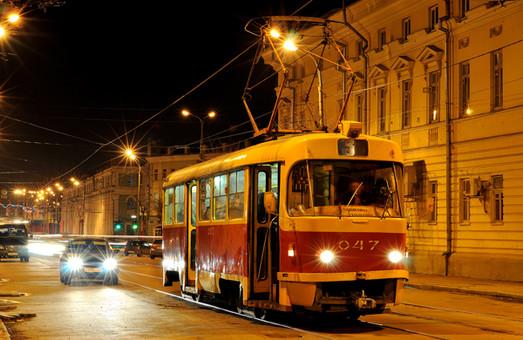 У місті з'являться нічні трамваї та тролейбуси