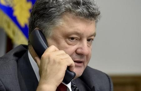 Порошенко та Меркель домовилися активізувати зусилля в роботі над «мінськими угодами»