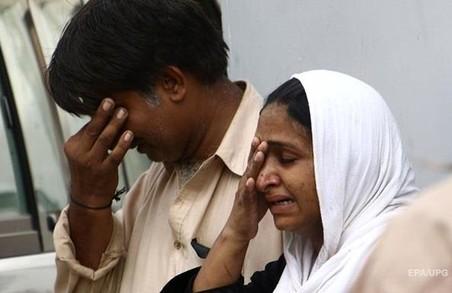 У Пакистані смертник підірвав 16 людей у мечеті