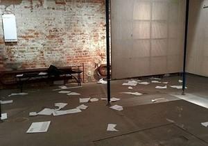 У Москві розгромили виставку, присвячену війні на Добасі