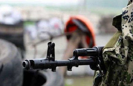 Бойовики стріляють в Луганському, Донецькому і Маріупольському напрямках: обстановка в зоні АТО