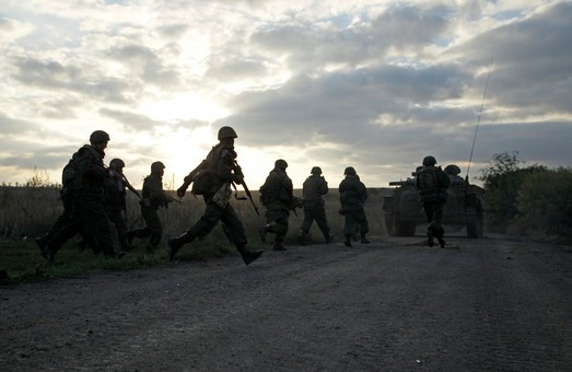 На Луганщині було гаряче: сили АТО дали відсіч, проте двоє військових підірвалися на розтяжці