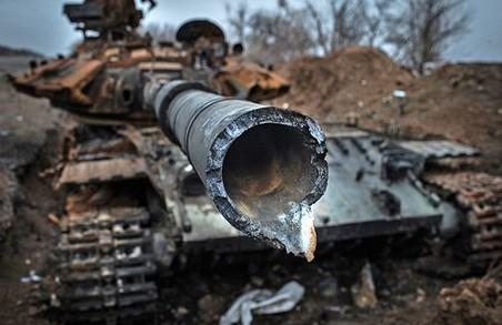 На Донбасі українських військових обстрілюють з БМП, гранатометів, кулеметів