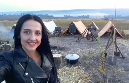 «На моїх фото та Україна, за яку ми боремось, та, про яку мріємо. Її я ношу всередині себе, нею я ділюсь з глядачами», - етнофотограф Анна Сенік