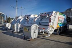 У Харкові сміття буде вивозити нова техніка
