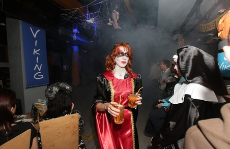 """У Харкові відзначили Хеллоуін у форматі """"Нічного Дозору"""""""