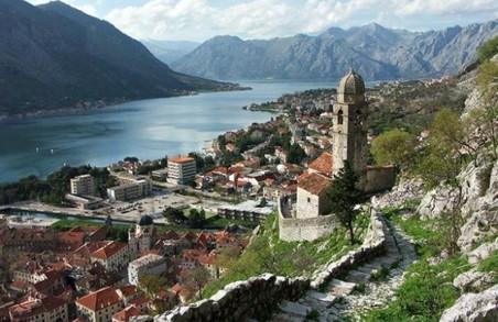 В Албанії скасували короткострокові візи для українців