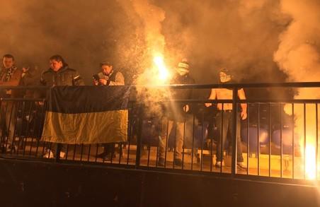 Поліція перевіряє повідомлення про спалення уболівальниками прапора Сербії на матчі в Харкові
