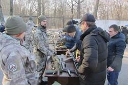 Під час навчань на базі «Сокільники» студентам і військовим показали екзотичну зброю