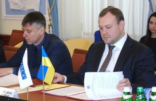 В Україні діє нова спрощена процедура отримання паспортів