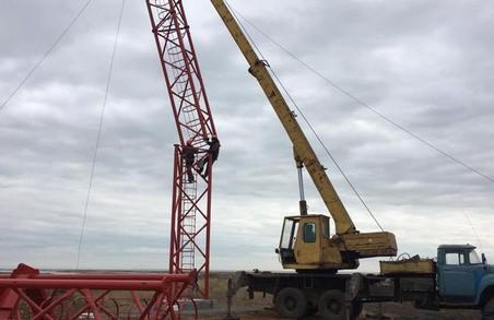 Украина розпочала будівництво телевежі на кордоні з Кримом