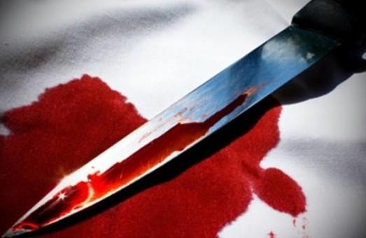 На Харківщині чоловік розібрався з колишньою за допомогою ножа