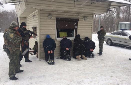 В Харкові озброєні зловмисники відібрали велику суму грошей (ФОТО)