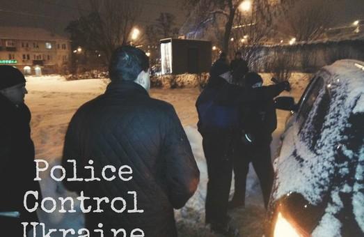 Черговий скандал за участю поліцейських стався в Харкові (ФОТО)