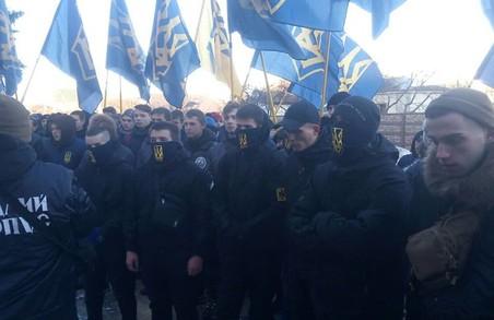 """Нам набридла бездіяльність поліції - активісти ЦК """"Азов"""""""