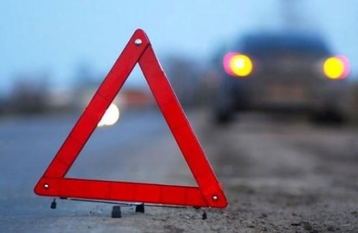 На Салтівці  авто збило жінку на пішохідному переході (ВІДЕО)