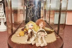 Знаменна подія у Харківському театрі ляльок: відкрито меморіальну дошку великому лялькарю Віктору Афанасьєву/ Фоторепортаж