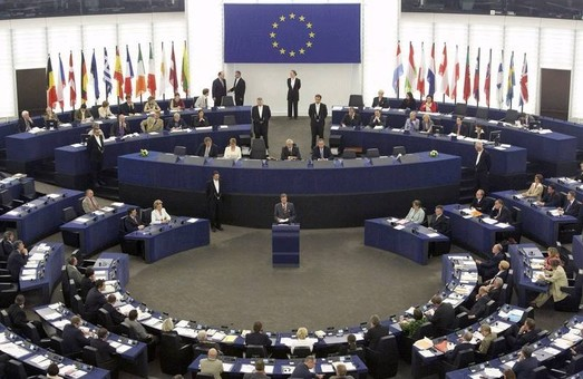 Європарламент прибрав дату голосування по безвізу для України