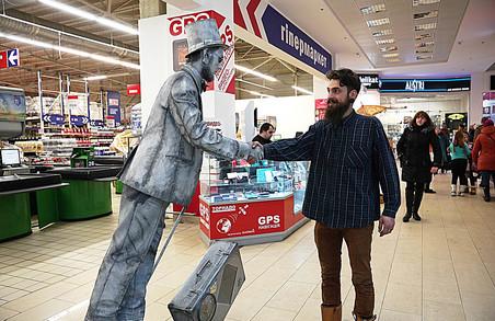 Живі статуї, міми та жонглери змагатимуться у Харкові за великий грошовий приз