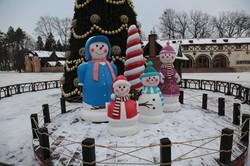 Харківський парк Горького готується до новорічних свят: фоторепортаж