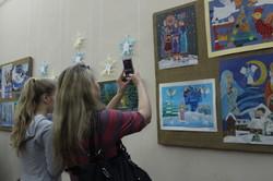 Якою є «Кольорова зима» в дитячій творчості